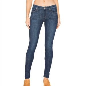 MOTHER The Looker Jeans in Clean Sweep wash